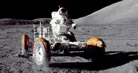 アポロ17号、月面車による探査