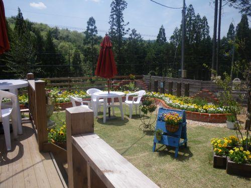 森のcafeのお庭